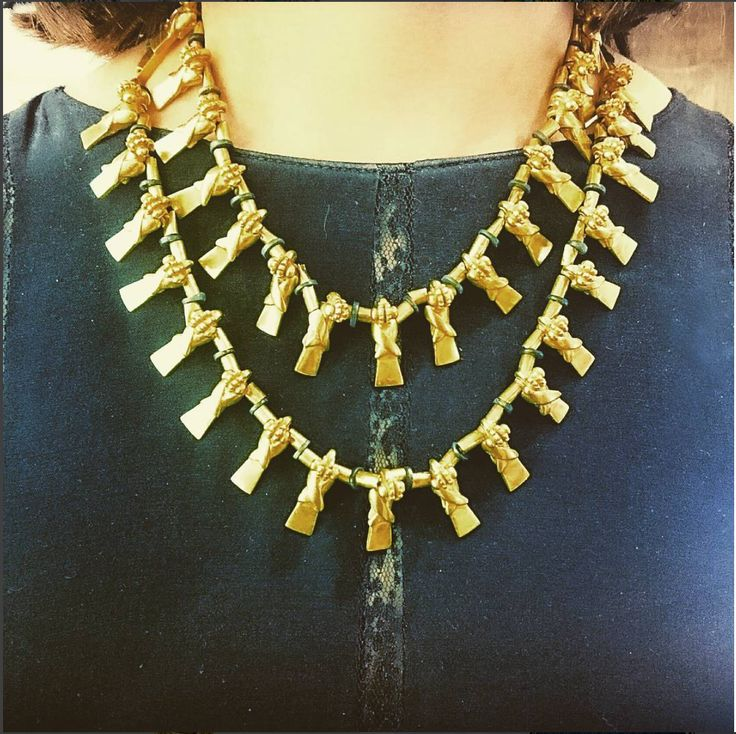 In the times before Columbus discovered the Americas gold was an everyday luxury for the Aztec and Inca people. Their skilled goldsmiths would make the most detailed of necklaces, earrings and ornaments that you would be hard pushed to find today. Unfortunately, most of the gold jewellery was taken, melted down into coins and sent to Spain. The few pieces that survived are rare and extremely collectable, like this two row, parakeet necklace, hundreds of years old and still in amazing…