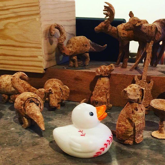 Talking with the peeps  #duck #rubberduck #duckface #bird #feathers #photographer #instatravel #duckbath #ducklover #pets #travelgram #ilovetravel #newyorkcity #travelblogger #travelphotography by bob_da_duck. bird #travelgram #newyorkcity #feathers #duck #duckbath #pets #travelblogger #rubberduck #instatravel #duckface #photographer #travelphotography #ilovetravel #ducklover