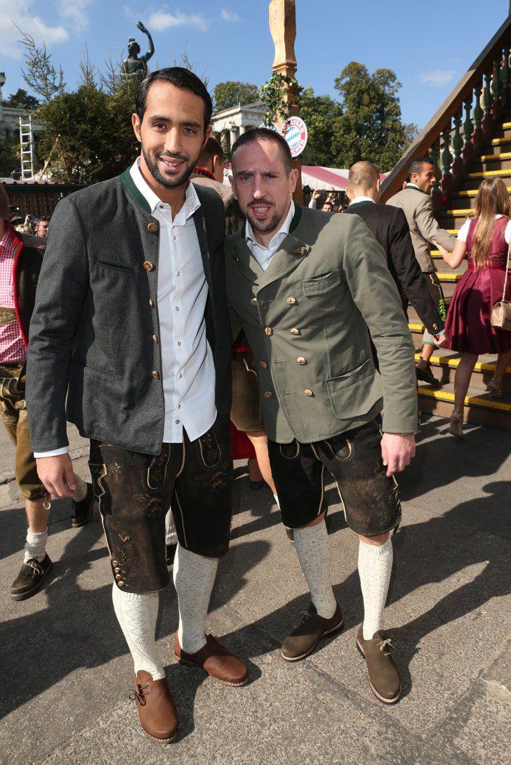 Pin for Later: Das war das Oktoberfest 2015 in Bildern Medhi Benatia und Franck Ribery