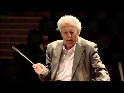 Footage from the recording of Weber's Der Freischütz in the Barbican - one of Sir Colin Davis' last appearances with the LSO.