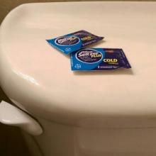 Use Alka Seltzer to remove toilet rings  #QDT #QuickandDirtyTips #DomesticCEO