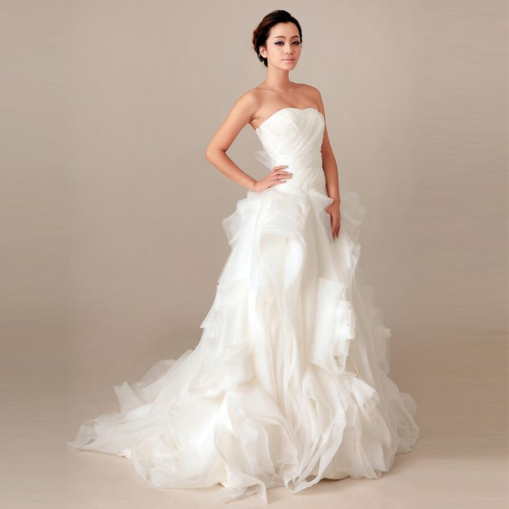 2014 Fall Strapless Organza bridal gown with Natural waist