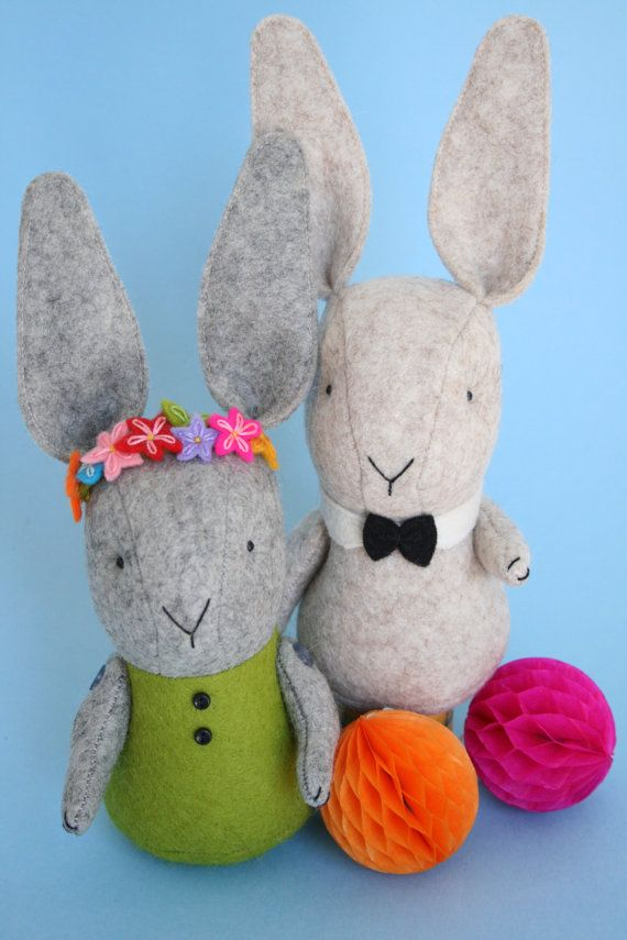 Love Somebunny : PDF rabbit sewing pattern