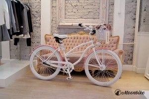 Perfect bike  #moonbike #designer #bizuu #whitewheel #pinkframe #lacedecorations #pink #girly
