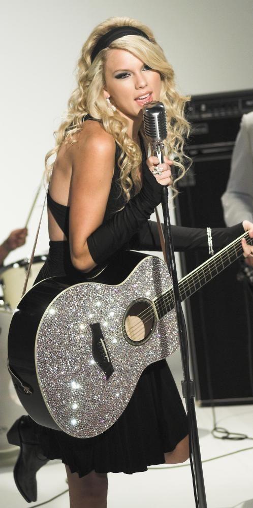 guitar sooooooo Amazing
