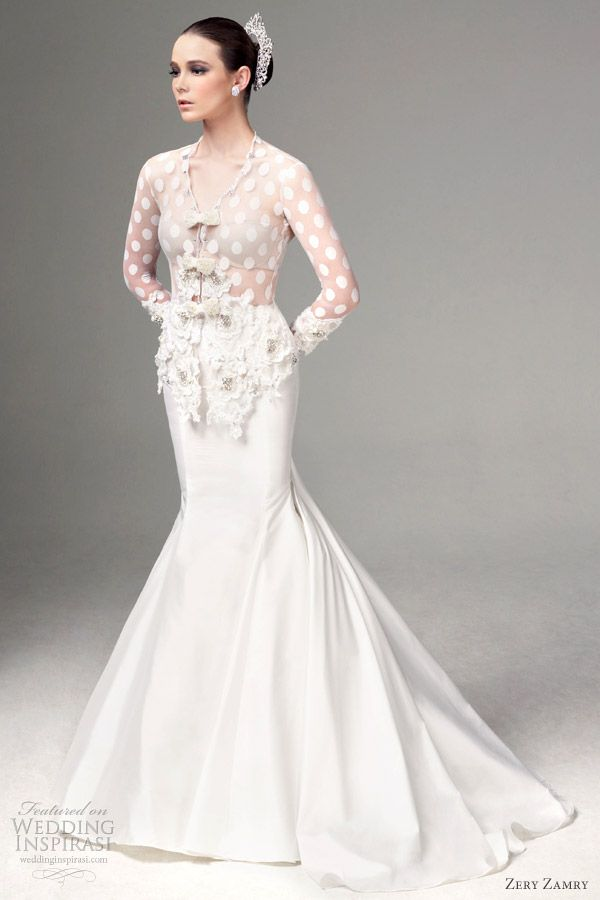 Long sleeves wedding dress. Mermaid cut with kebaya looks. Zery Zamry Collection 2012.