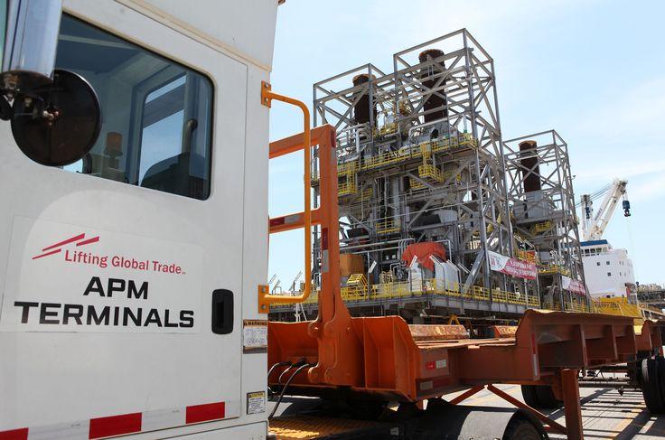 Uma operação inédita na APM Terminals – empresa arrendatária do Porto de Itajaí – movimentou três módulos de cerca de 1.500 toneladas cada para a montagem de uma plataforma de petróleo em alto mar. A gerência da APM Terminals ficou mais