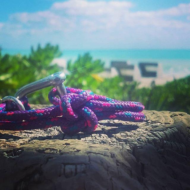 #truelove #knot #bracelet  in #miamibeach
