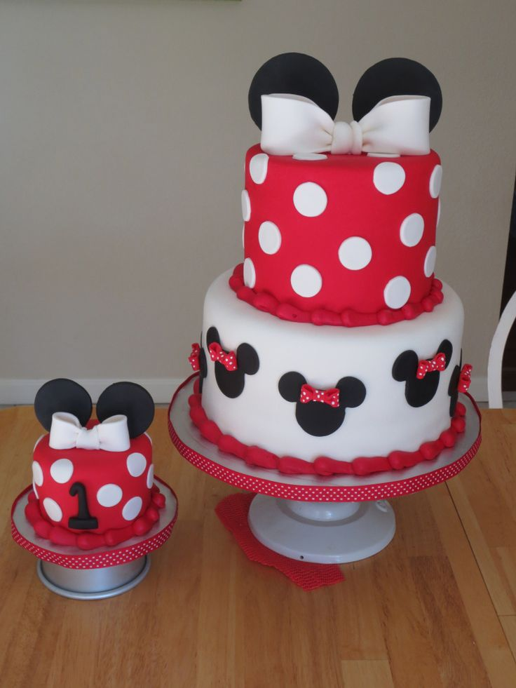 Minnie Mouse Cake and Smash Cake @Kristin Saintignan @Rhonda Saintignan