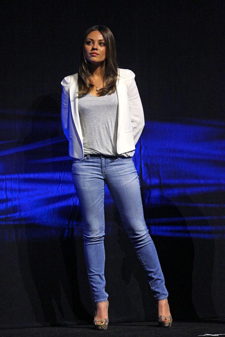 Mila Kunis in AG Adriano Goldschmied