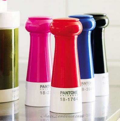 Salt & Pepper grinders, because every designer needs a colorful meal!
