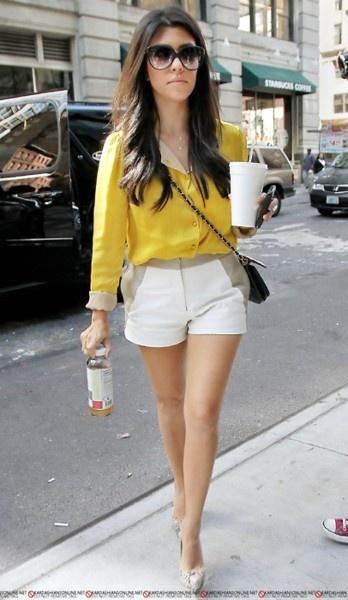 I Love Kourtney Kardashian! Always wonderful style