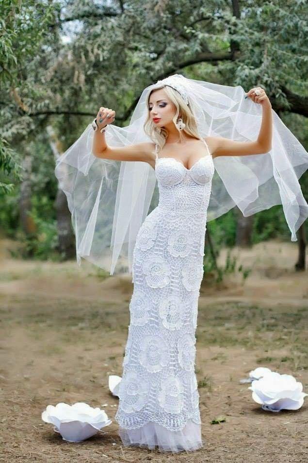 Edna Confecções em Crochê : Vestido de noiva em duas opções com Gráfico