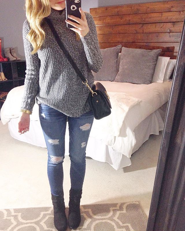Another gloomy day ... on the bright side we are halfway to the weekend!  #ootd #wearwhatwherejanuary