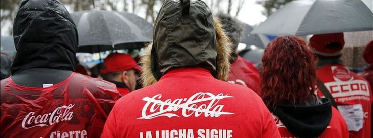 Coca-Cola acuerda pagar a los trabajadores de la planta de Fuenlabrada los salarios que reclamaban
