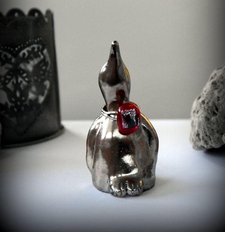 Uniek keramiek beeldje pinguïn - handgemaakt - aardewerk - ringhouder door Evacreajewel op Etsy