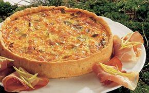 Frokosttærte Skøn tærte med fyld af gulerødder og porrer.