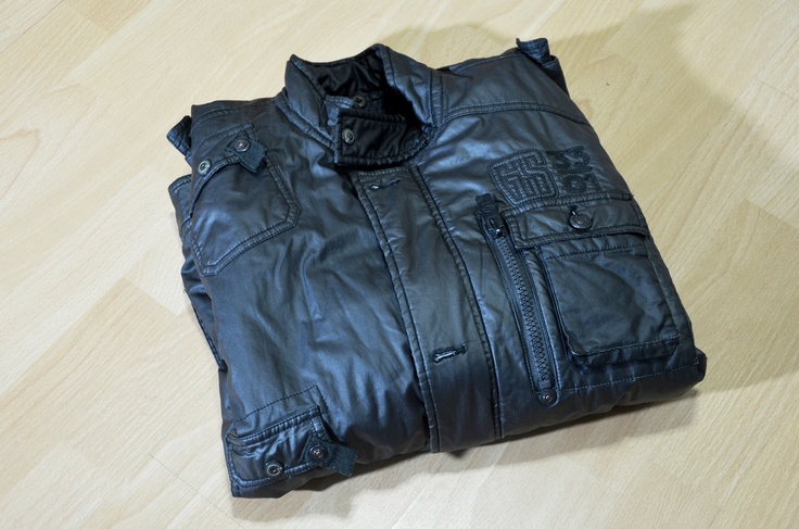 wikiHow to Buy Leather Jacket for Men -- via wikiHow.com