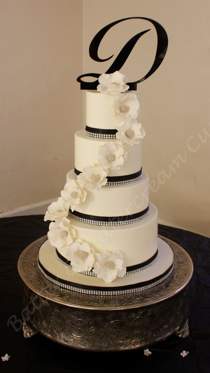 Bling and sugar flowers wedding cake.