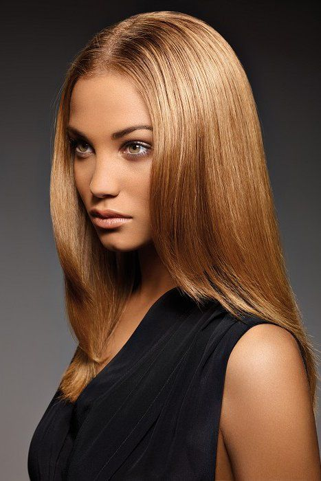 Get a soft blonde look with one of the most easy to maintain shades: caramel blonde. Experiment the caramel blonde hair color, either as a base or highlights.