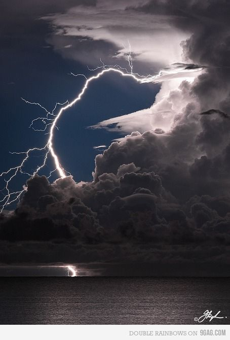 AmazingPhotos, Thunderstorms, Clouds, Sky, Beautiful, Mothers Nature, Lightning Storms, Weather, Lights Show