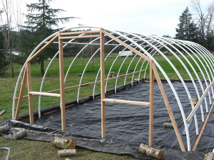 Gentil DIY Hoop Greenhouse   Build End Walls