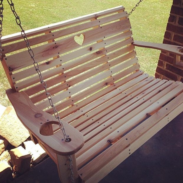 A sweet hanging loveseat swing (with a heart!).