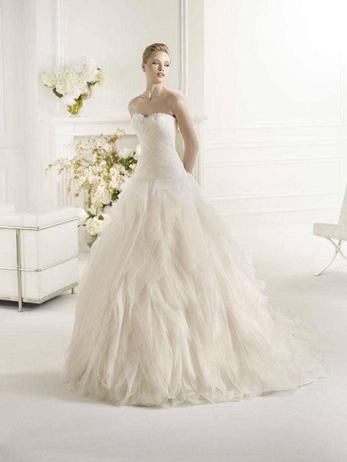 beach wedding dresses in regina