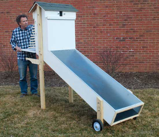 DIY Plans for the BEST EVER Solar Dehydrator:  Nearly two decades of expert testing and experimentation have gone into producing these solar food dehydrator plans. The resulting food dryer isn't just efficient and off-grid — it's also highly cost-effective for anyone wanting to preserve large amounts of food at home. From MOTHER EARTH NEWS magazine.