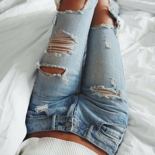 #girl #ootd #fashion #jeans #style #model #outfit #aesthetic  https://weheartit.com/entry/299538020