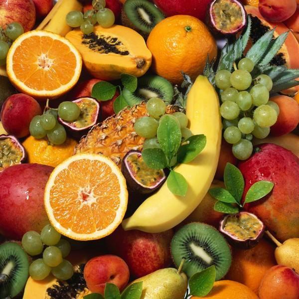 Obst enthält teilweise viele Kalorien. Sie möchten wissen, wie viele Kalorien Bananen und Äpfel haben? Unsere Kalorientabelle Obst verrät es Ihnen.