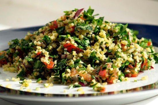 Nejznámější recept s bulgurem je bezesporu libanonský salát tabbouleh
