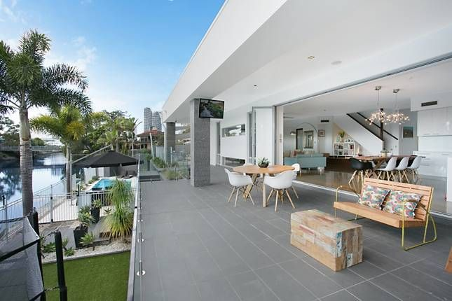 For your modern holiday house @ THE POINT ON WINTERHAVEN | Broadbeach, QLD | Accommodation. From $380 per night. Sleeps 10 #modern
