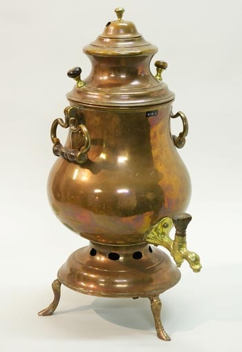 #Russian #samovar 1920 - they have these in Tea2. Would love one!
