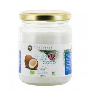 L'huile de noix de coco Biosagesse est 100% bio et équitable. Elle s'utilise en cuisson au four ou à la poêle car elle est particulièrementstable à haute température,mais aussi sur du pain, tartiné comme du beurre, pour augmenter votre bon cholestérol.Apportez à vos créations culianires une touche d'exostisme avec les produits Ecoidées.