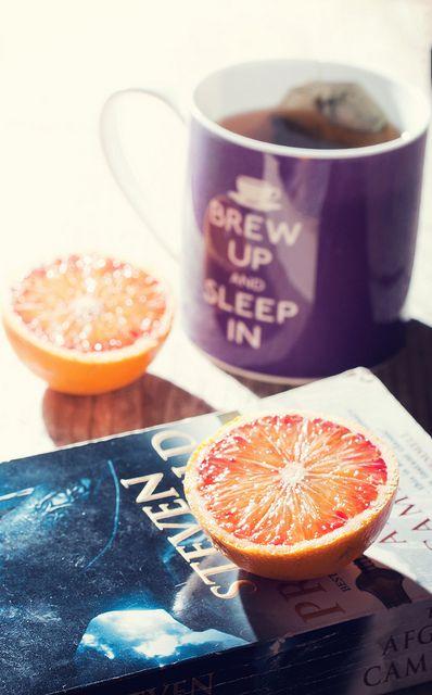 Tea, books and blood oranges