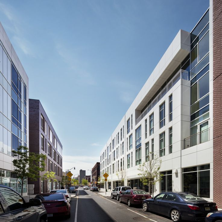 Image 5 of 27 from gallery of Teachers Village / Richard Meier & Partners. Photograph by Scott Frances