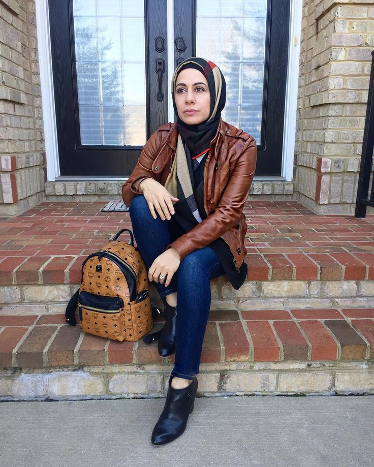 @simplyzeenallc #zeena #fall #ootd #simplyzeena Fall outfits. Modest fall outfits. Modest outfits for fall. Back to school outfits.