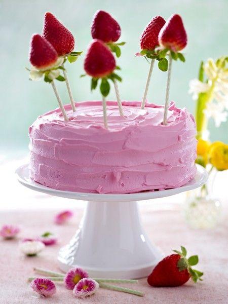 LECKER!!! Hier gibt's das Rezept zur Erdbeer-Torte