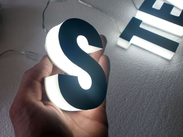 Choose here your Complilight LED light sign letters