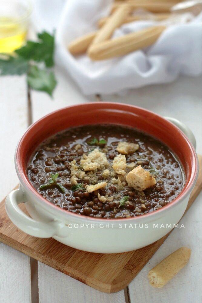 Zuppa di lenticchie e crostini al farro