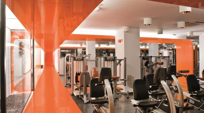 Case Study: Miribilla Fitness Club using Formica® Collection AR Plus®