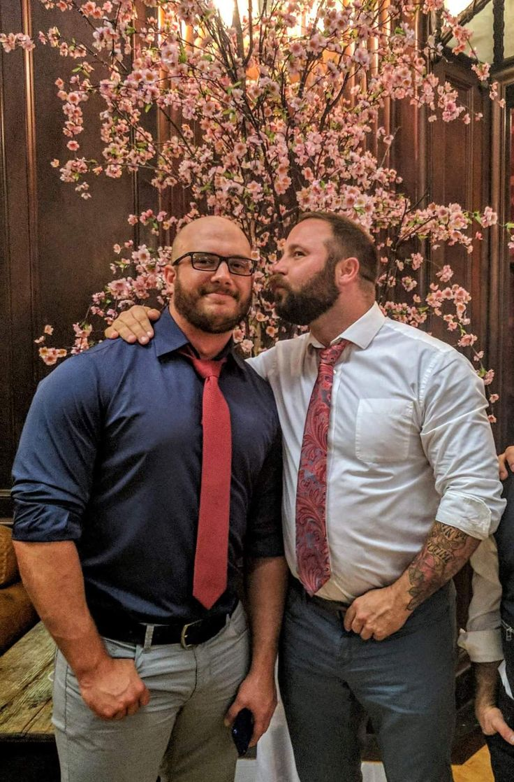 from Cyrus gay bear couples