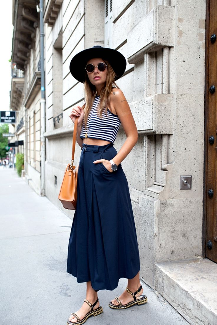 Striped top, culottes and studded flats #Navy