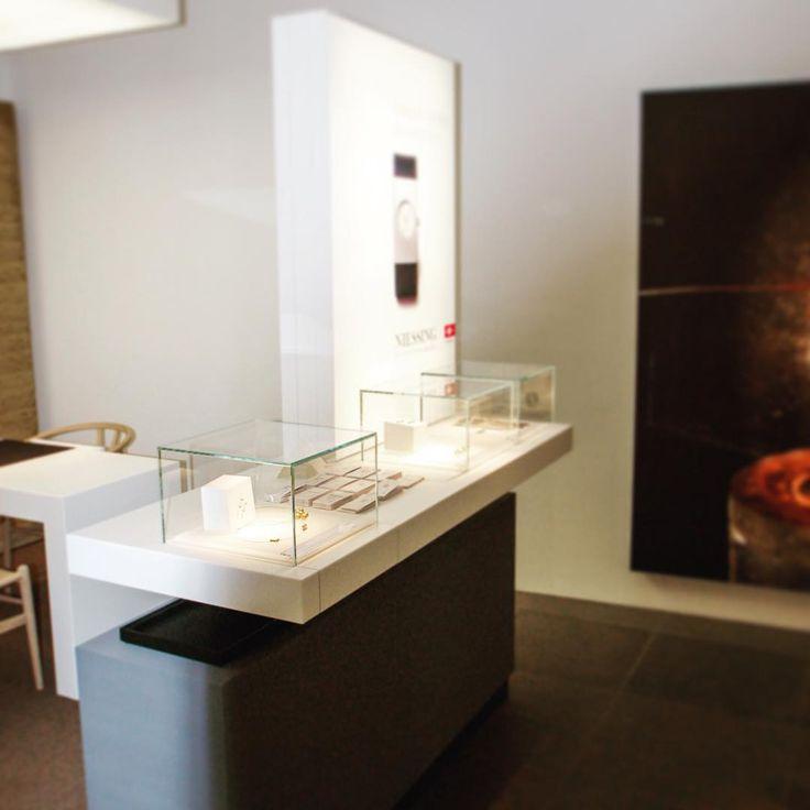 jewelry store by OBV 💍 #ladenbau #shopfitting #obv #objektbau #bomers #vreden #interiors #interiordesign #shopdesign #design #instagood #photooftheday #photography #macros #retail #retaildesign #store #furniture #furnituredesign #architecture  #instagood #tbt #throwbackthursday #jewelrystore #jewerly #jewelrydesigner #jewelrygram #niessing #watch