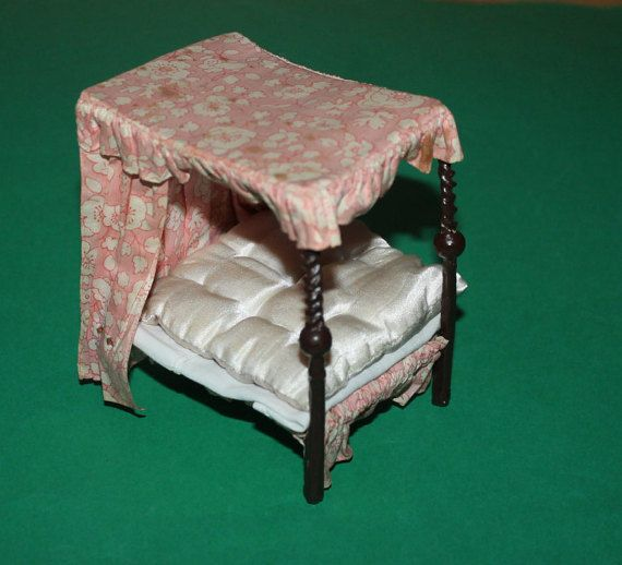 Vintage Dolls House Westacre Four Poster Bed by kittymacminis