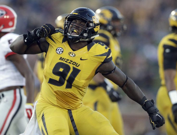 NFL Draft: Charles Harris is the ideal fit for the Cardinals = By total yards, the Arizona Cardinals are the third-best defense in the NFL, per ESPN. By Football Outsiders' DVOA metric, the Cardinals are ranked sixth. Heading into Week 17, they are…..