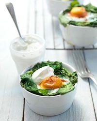✔️ Check! Lekker snel en voedzaam. Oveneitjes in spinazievogelnestjes recept van Amber Albarda