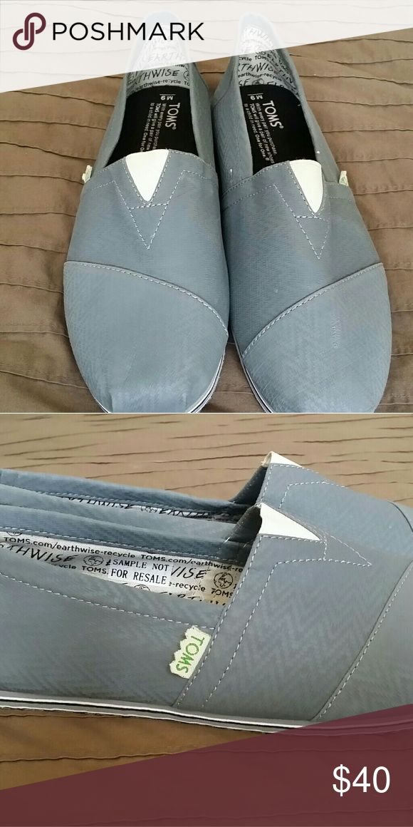 Toms Mens shoes Brand new never used TOMS Shoes Loafers & Slip-Ons
