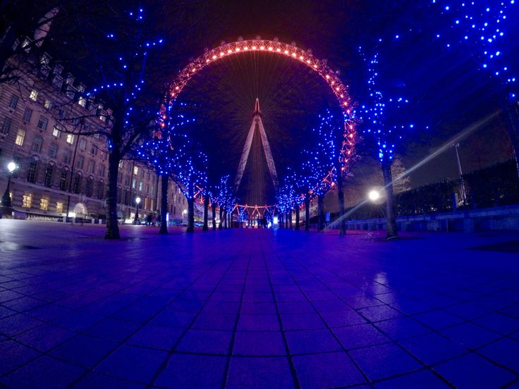 There is something magical about London at night.